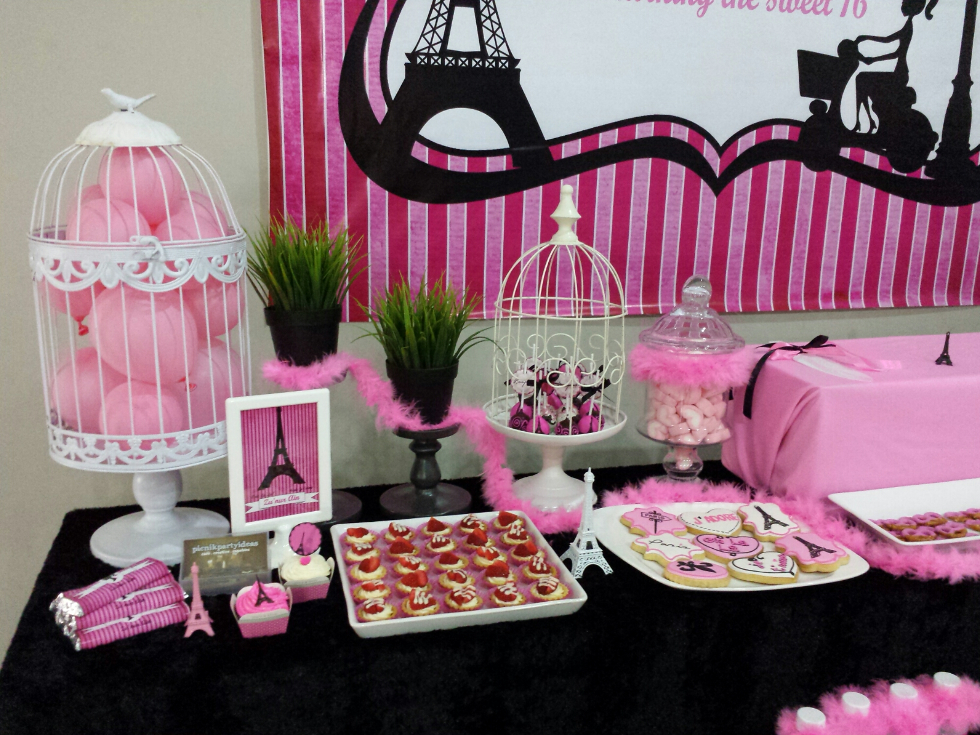 37 sweet 16 birthday party ideas table decorating ideas for Decoration sweet table